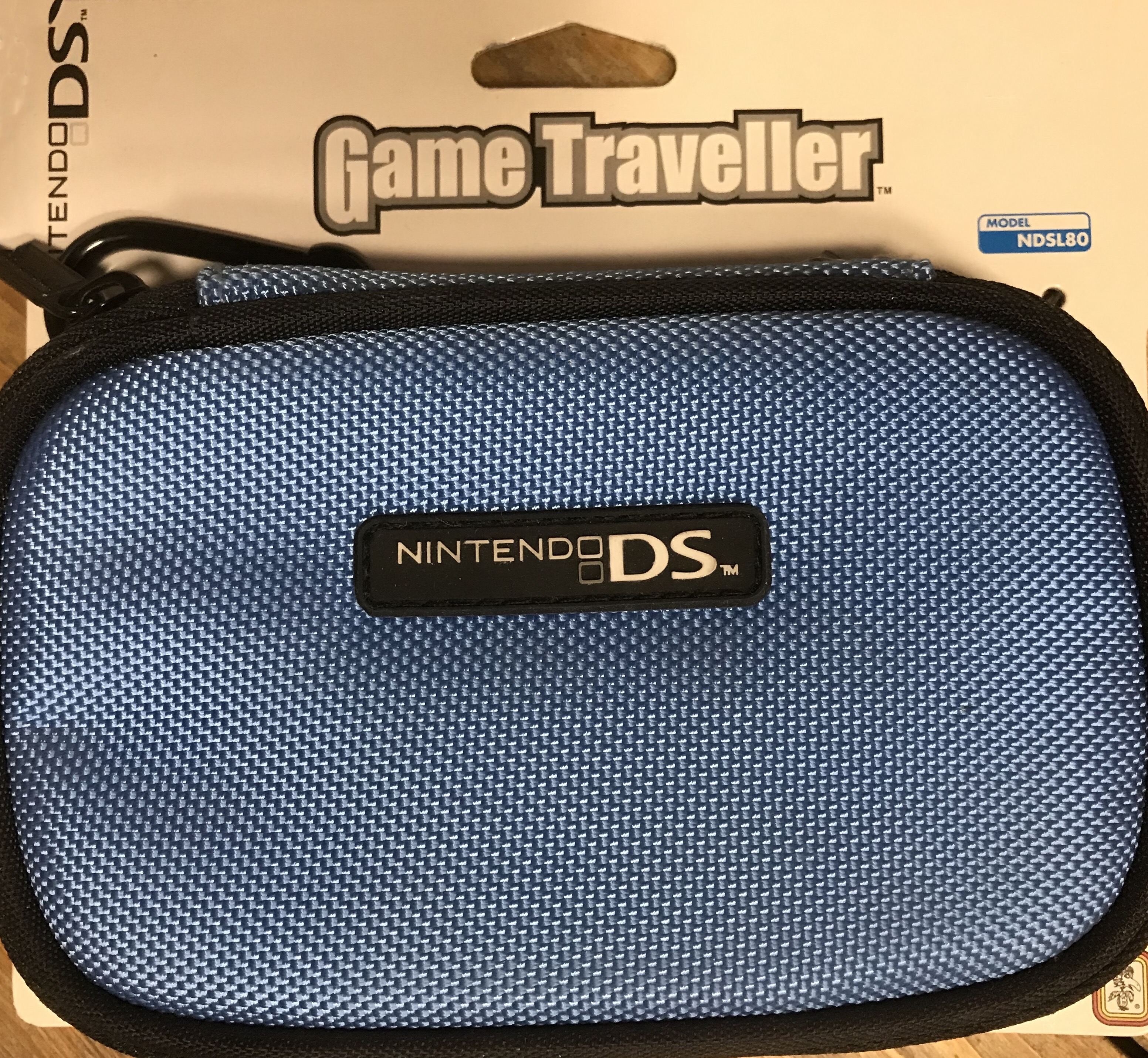 Nintendo DS Light Carrying Case NDSL 80 (Világoskék)