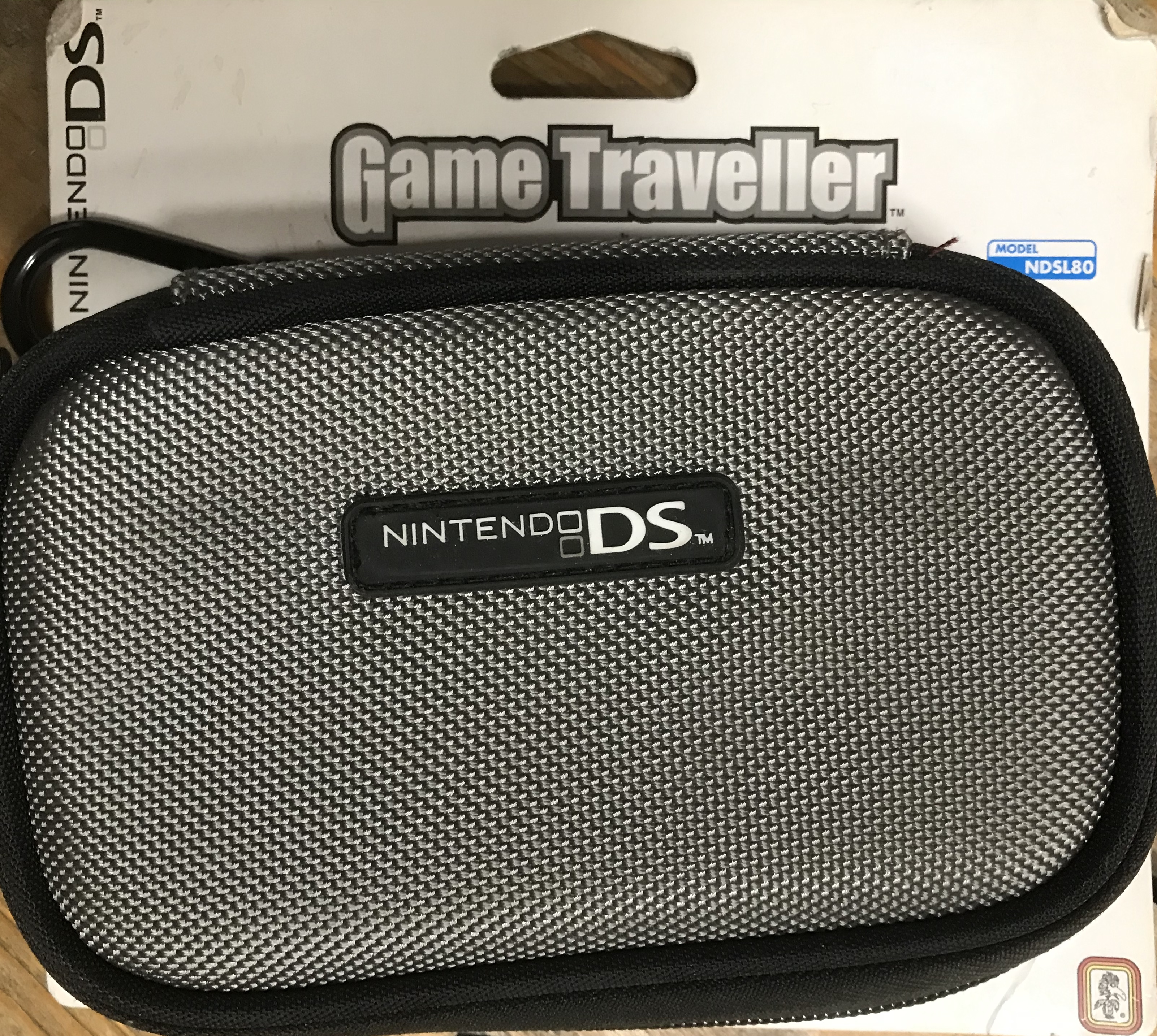 Nintendo DS Light Carrying Case NDSL 80 (Szürke)